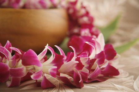 bulk leis Hawaiian wholesale