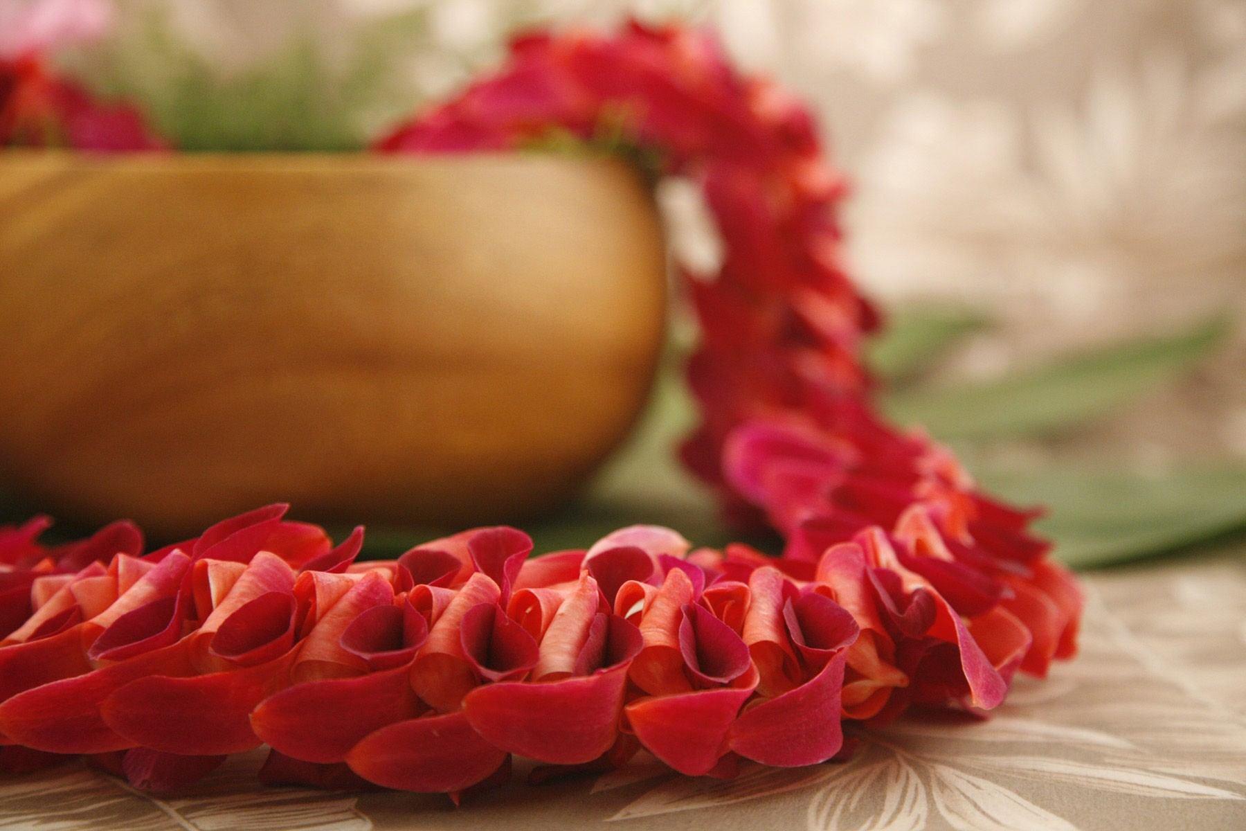 Alii Flowers Hawaiian Flowers Fresh Leis Gift Baskets