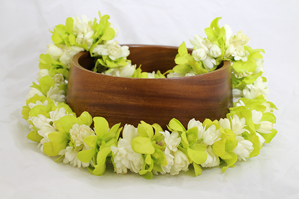 jade and white Hawaiian lei